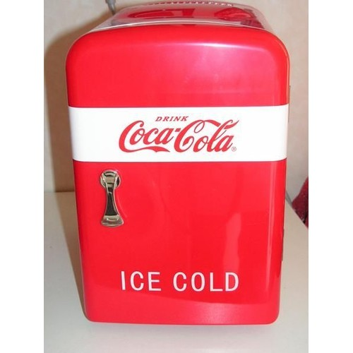 pin mini frigo coca cola coke 12v portatile frigorifero auto refrigeratore on pinterest. Black Bedroom Furniture Sets. Home Design Ideas
