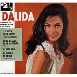 http://pmcdn.priceminister.com/photo/Dalida-Itsi-Bitsi-Petit-Bikini-Bras-Dessus-Bras-Dessous-O-Sole-Mio-Ni-Chaud-Ni-Froid-Cassettes-Mini-disques-Laser-disques-653753569_ML.jpg