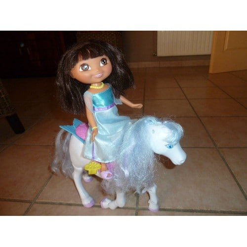 Dora cheval des neiges achat vente de jouet priceminister rakuten - Dora princesse des neiges ...