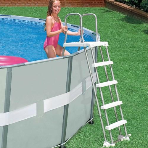 Echelle piscine achat et vente neuf d 39 occasion sur for Echelle pour piscine