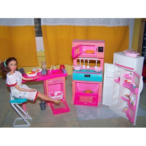 ensemble de cuisine barbie achat vente neuf occasion priceminister. Black Bedroom Furniture Sets. Home Design Ideas