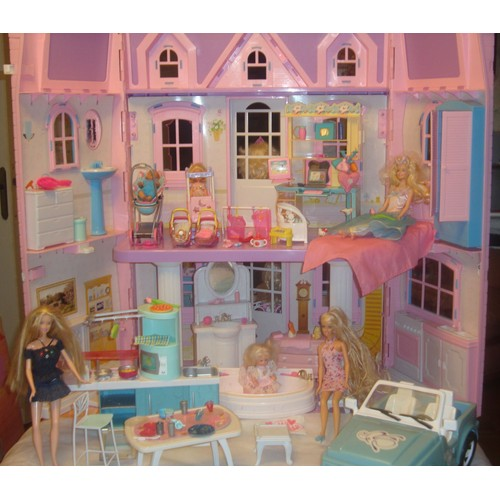 grande maison barbie pas cher. Black Bedroom Furniture Sets. Home Design Ideas