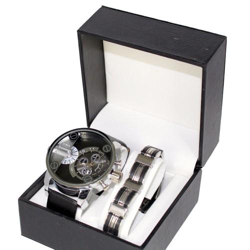 acheter grosse montre pas cher ou d 39 occasion sur priceminister. Black Bedroom Furniture Sets. Home Design Ideas