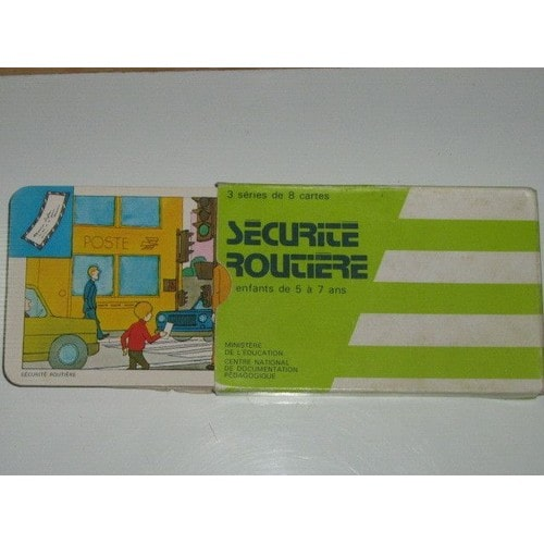 jeu de cartes s curit routi re 3 s ries de 8 cartes 5 7 ans cndp. Black Bedroom Furniture Sets. Home Design Ideas