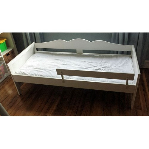 lit enfant ikea blanc achat vente neuf d 39 occasion priceminister. Black Bedroom Furniture Sets. Home Design Ideas