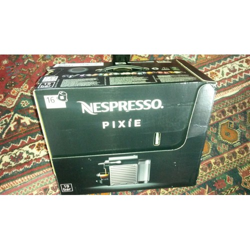 Machine � caf� Nespresso