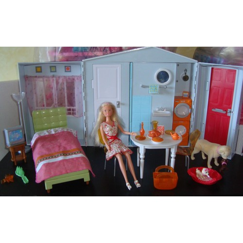 maison barbie pliable achat et vente neuf d 39 occasion. Black Bedroom Furniture Sets. Home Design Ideas