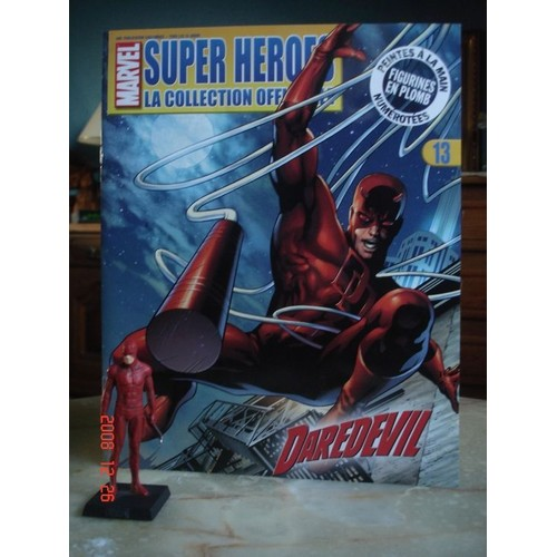 figurine collection marvel numerotee en plomb. Black Bedroom Furniture Sets. Home Design Ideas