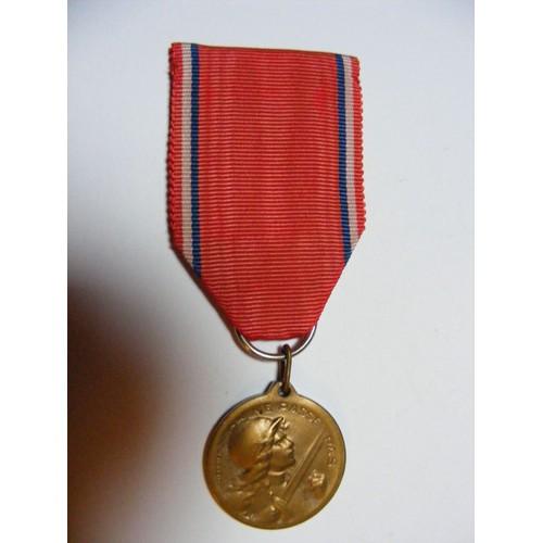 e430d1c1537e4b medaille verdun pas cher ou d occasion sur Rakuten