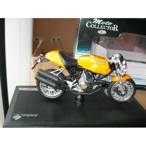 Moto miniature Solido
