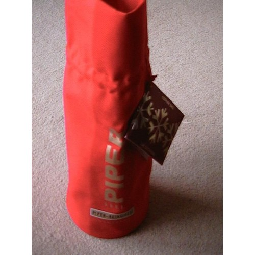 piper heidsieck sac isotherme rouge pour bouteille de. Black Bedroom Furniture Sets. Home Design Ideas