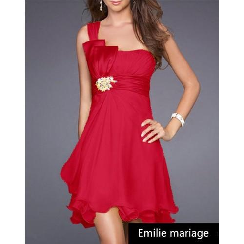 robe rouge courte
