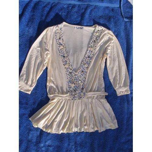 T-Shirt-B-D-Collection-Ecru-Ceinture-A -La-Taille-Evase-Sur-Les-Hanches-Taille-40-845684923 L.jpg ff3e38fbfc01