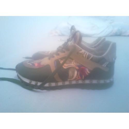 e7447214ba364 valentino chaussure pas cher ou d occasion sur Rakuten