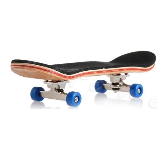 v hicules miniatures finger skate achat vente neuf d 39 occasion priceminister rakuten. Black Bedroom Furniture Sets. Home Design Ideas