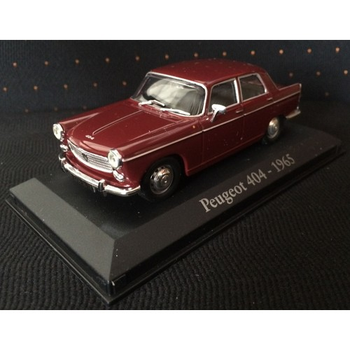 etagere voiture miniature