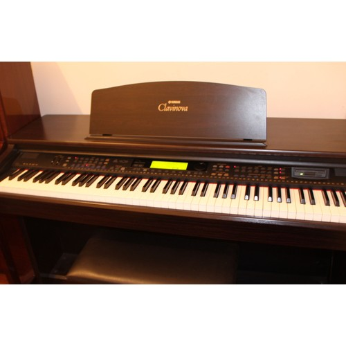 yamaha clavinova cvp 103 piano num rique achat et vente. Black Bedroom Furniture Sets. Home Design Ideas