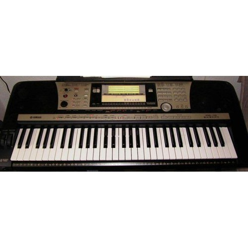 yamaha psr 740 clavier arrangeur 61 touches dynamiques. Black Bedroom Furniture Sets. Home Design Ideas