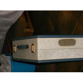 ancien tourne disque valise manufrance neuf et d 39 occasion. Black Bedroom Furniture Sets. Home Design Ideas