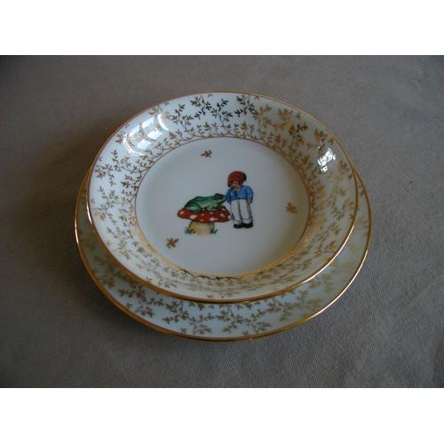 assiettes bouillie en porcelaine de couleuvre limoges ann es 50 d cor enfant libellule et. Black Bedroom Furniture Sets. Home Design Ideas