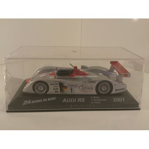 audi r8 24 heures du mans 2001 echelle 1 43 neuf et d 39 occasion. Black Bedroom Furniture Sets. Home Design Ideas