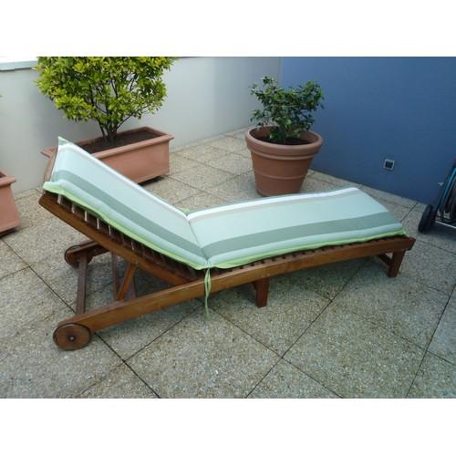bain de soleil en teck avec matelas neuf achat et vente rakuten. Black Bedroom Furniture Sets. Home Design Ideas