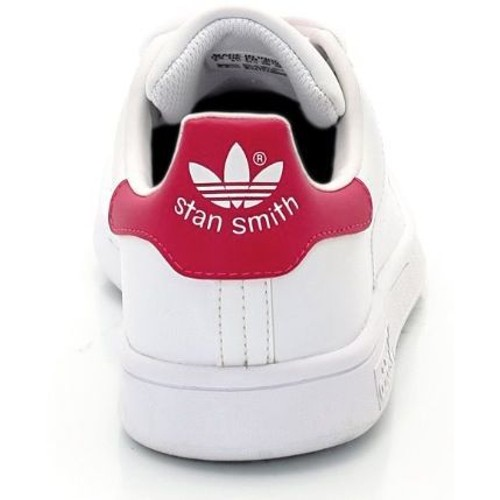 baskets adidas stan smith 39 1 3 blanc achat et vente. Black Bedroom Furniture Sets. Home Design Ideas