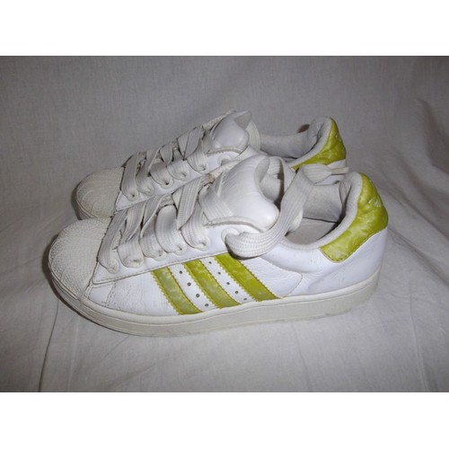 baskets adidas superstar 37