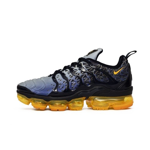 official photos cef35 402f3 baskets-basses-nike-air-vapormax-plus-1263019554 L.jpg