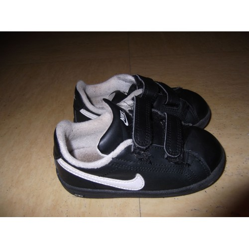 baskets nike taille 23 5 achat vente de chaussures priceminister rakuten. Black Bedroom Furniture Sets. Home Design Ideas