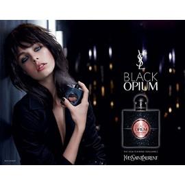 black opium de yves saint laurent publicit de parfum yst72. Black Bedroom Furniture Sets. Home Design Ideas