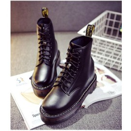 chaussure style doc martin. Black Bedroom Furniture Sets. Home Design Ideas