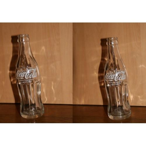 bouteille contour coca cola en verre vide d 39 autriche. Black Bedroom Furniture Sets. Home Design Ideas