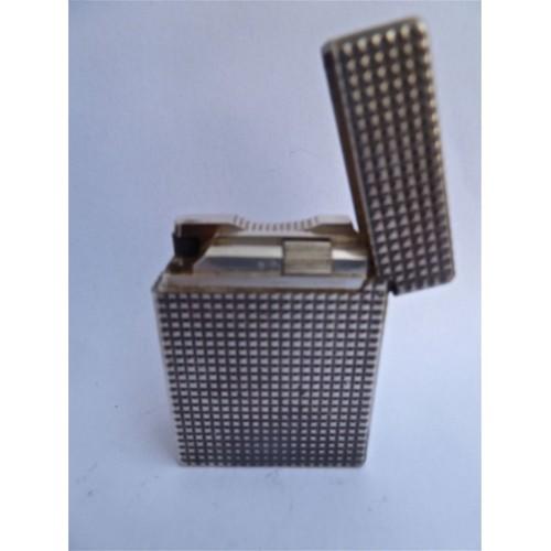 briquet dupont st pointe de diamant argent neuf et d. Black Bedroom Furniture Sets. Home Design Ideas
