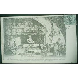 C. Postale : France - 43 - Presailles - Ch�teau De Vacheres - Cuisine, Les Fermi�res Vaquant Aux Soins Du M�nage (1905)