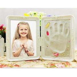 cadre photo empreinte b b moulage pied main baby art cadre de style europ en 2 volet. Black Bedroom Furniture Sets. Home Design Ideas