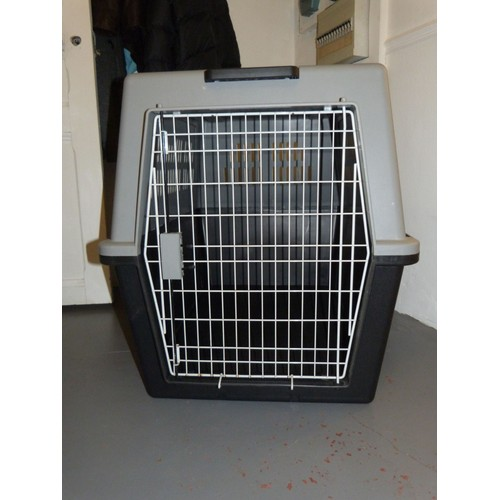 cage de transport pour chien grand taille pas cher priceminister. Black Bedroom Furniture Sets. Home Design Ideas