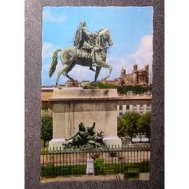 Carte Postale �crite En 1963.69.123.13 Lyon Statue Equestre De Louis Xiv Etbasilique De Fourvi�re
