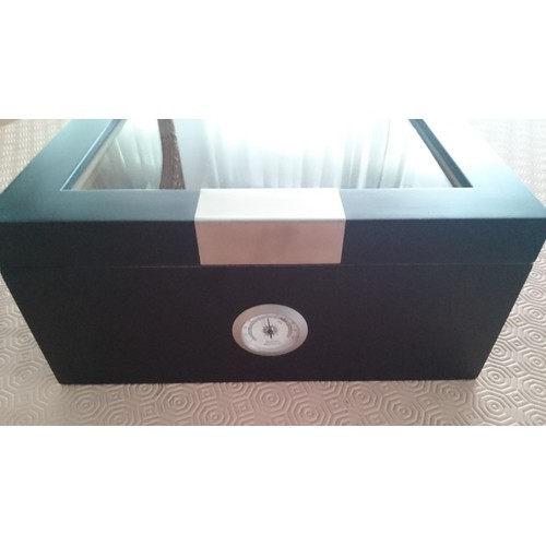 cave cigares angelo humidor humidificateur achat et vente. Black Bedroom Furniture Sets. Home Design Ideas
