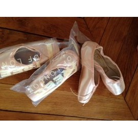 Petite annonce Chaussons Pointes Freed Classic - 75000 PARIS