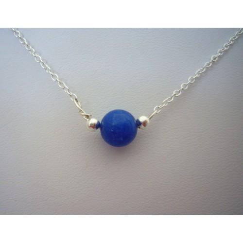 3626c8c5d5d1 collier-lithotherapie-pierre-de-jade-bleue-montee-sur-chaine-en-argent -b-art-creation-fait-main-pierre-naturelle-sur-mesure-1064225499 L.jpg