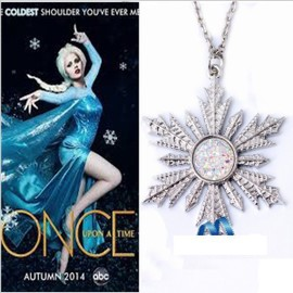 Collier anna frozen
