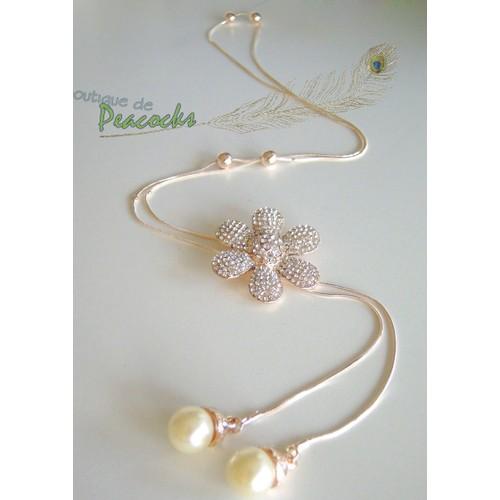 Collier Sautoir Plaque D Or Rose Fleur Camellia En Cinq Petales Avec