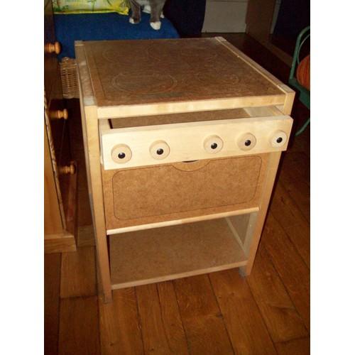 cuisini re en bois pour enfant achat vente de jouet priceminister rakuten. Black Bedroom Furniture Sets. Home Design Ideas