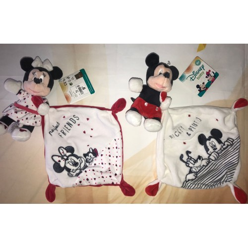 0570bb4e0e466 Doudou Minnie Mickey Perfect Friends   Mickey Et Pluto Lot De Deux Doudous  Disney Baby Mouchoir Blanc Rouge ...