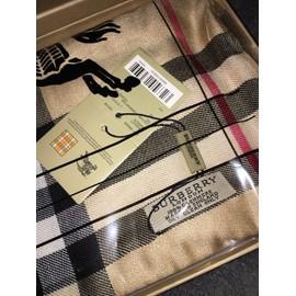 611b1a477e27 Echarpe Burberry - Achat vente de Accessoires de mode - Rakuten