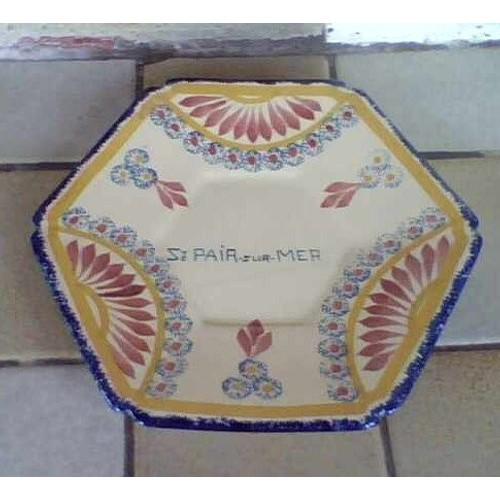 Fa ence henriot quimper st pair sur mer rare assiette for Faience hexagonale