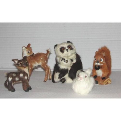 faon biche lapin panda ecureuil peluche figurine en poil de lapin. Black Bedroom Furniture Sets. Home Design Ideas