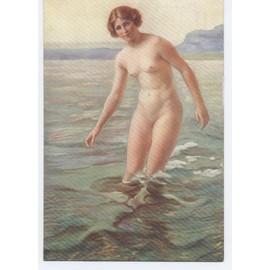 Des femmes nues dans des magazines