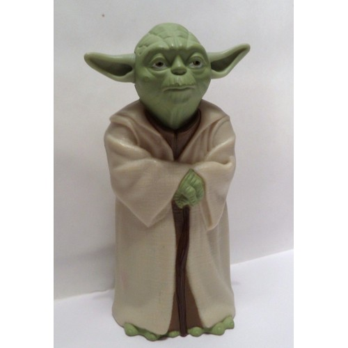 figurine la guerre des toiles star wars maitre yoda. Black Bedroom Furniture Sets. Home Design Ideas